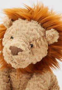 Jellycat - FUDDLEWUDDLE LION - Plyšák - beige - 2