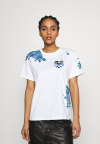 MCM - SHORT SLEEVES TEE - Print T-shirt - white - 0