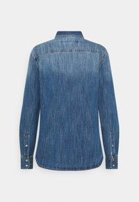 Marc O'Polo - REGULAR FIT CHEST POCKET LONG SLEEVES - Button-down blouse - vintage authentic wash - 1