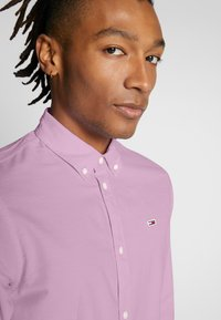 Tommy Jeans - OXFORD SHIRT - Koszula - pearly pink - 6