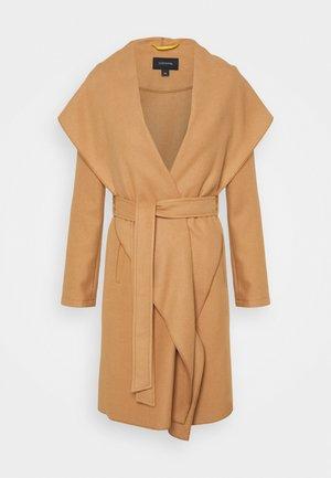 Płaszcz wełniany /Płaszcz klasyczny - tan