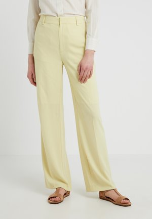 HUTTON CREPE TROUSER - Trousers - wax