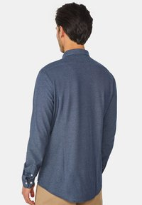 WE Fashion - SLIM FIT - Camicia - dark blue - 2