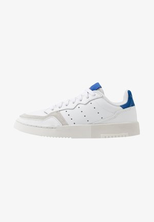 SUPERCOURT - Matalavartiset tennarit - footwear white/royal blue