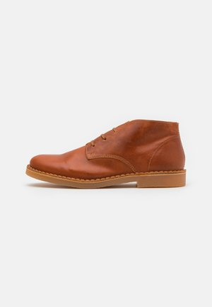 SLHROYCE - Casual lace-ups - cognac