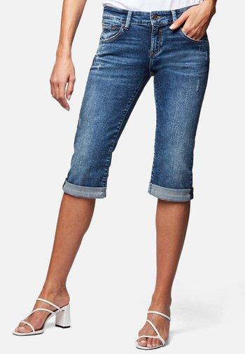 MARINA - Denim shorts - mid distressed memory