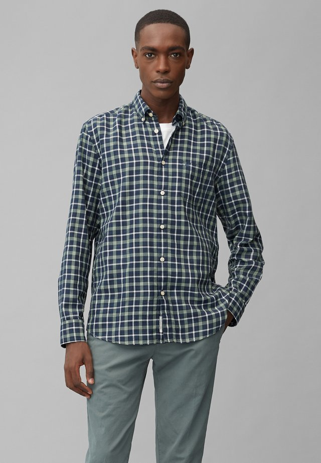 Shirt - multi/green bay