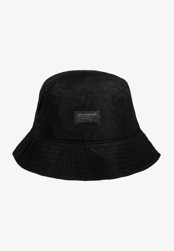 Hat - regular black