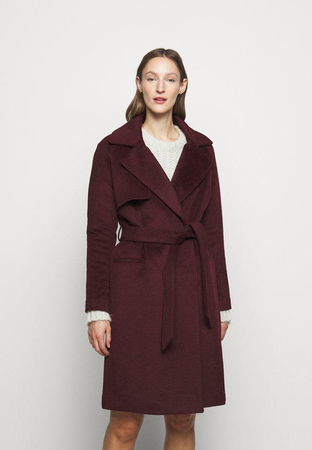 Zimní kabát - sassafras