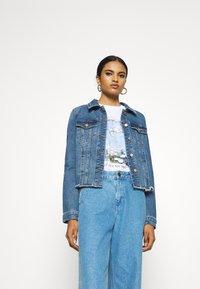 Vero Moda - VMFAITH JACKET  - Denim jacket - medium blue denim - 3