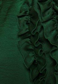 Dorothy Perkins - 3D SLEEVE TEE - Blouse - green - 6