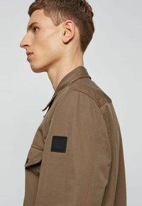 BOSS - LOVEL - Shirt - khaki - 3
