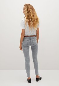 Mango - KIM - Jeans Skinny Fit - denim grey - 2