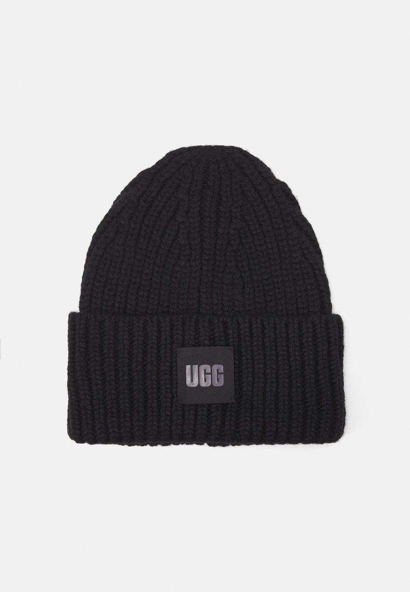 UGG - CHUNKY BEANIE - Bonnet - black