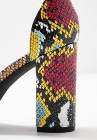 Madden Girl - BEELLA - Sandály na vysokém podpatku - bright multicolor - 2