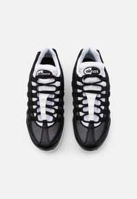 Nike Sportswear - AIR MAX 95 - Sneakers - black/white - 3