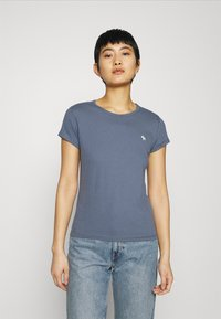 Abercrombie & Fitch - CREW NECK 3 PACK - Basic T-shirt - white/sky captain/grisaille - 5