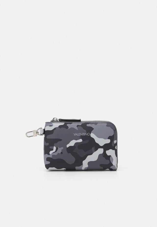 SOFT COSMETIC CASE - Kosmetická taška - mimetico