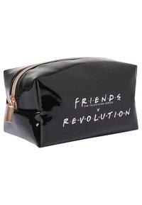 Makeup Revolution - REVOLUTION X FRIENDS COSMETIC BAG - Accessoires de maquillage - - - 2