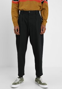 Obey Clothing - FUBAR PANT - Tygbyxor - black - 0