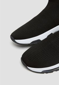 PULL&BEAR - Sneakers alte - black - 5