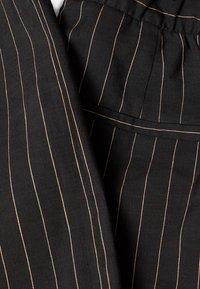 Esprit Collection - Bukse - black - 7
