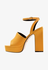 Topshop - RAFA CHUNKY PLATFORM - High heeled sandals - mustard - 1
