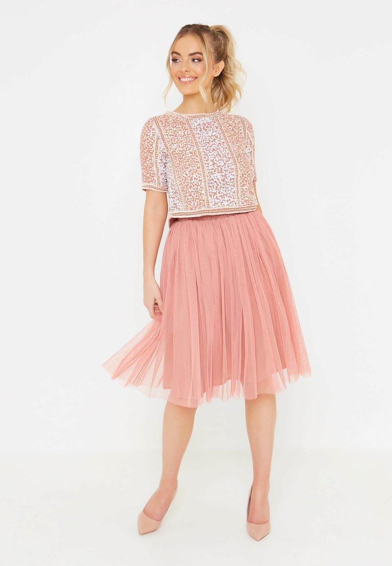 BEAUUT - Áčková sukně - dusty pink