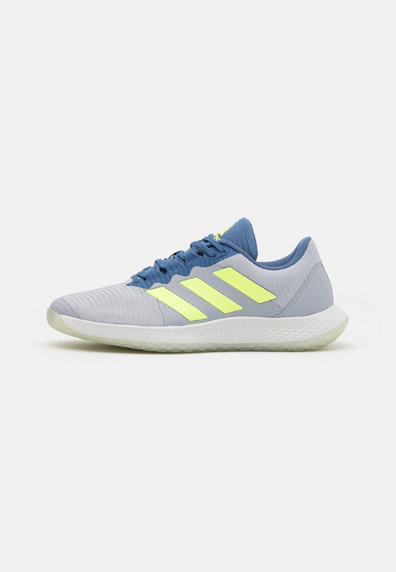 adidas Performance - FORCEBOUNCE - Handball shoes - half silver/hi-res yellow/blue