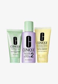 Clinique - 3-STEP INTRODUCTION KIT SKIN TYPE 2 - Skincare set - - - 0