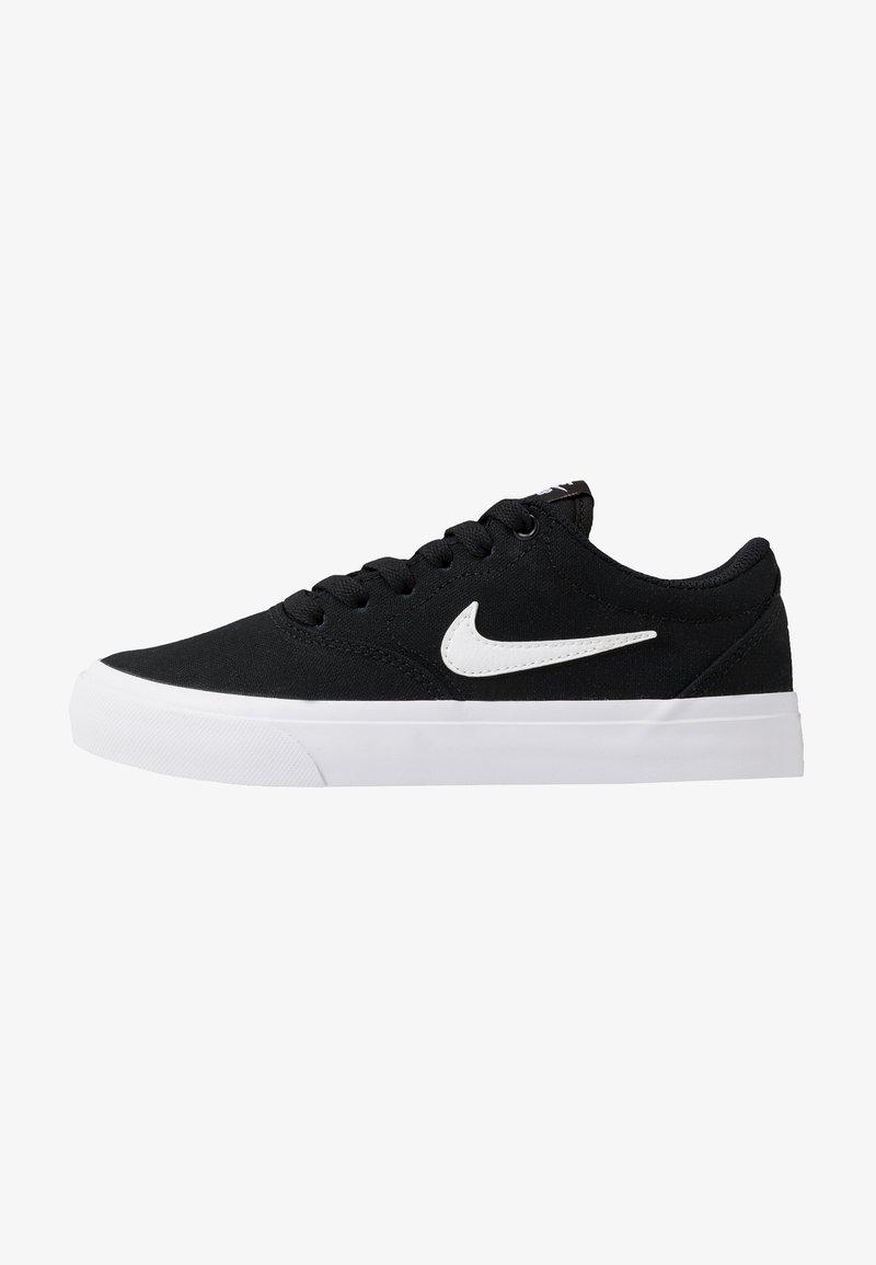 Nike SB - CHARGE - Trainers - black/white