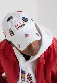 Polo Ralph Lauren - CLASSIC SPORT CAP - Cap - pure white - 1