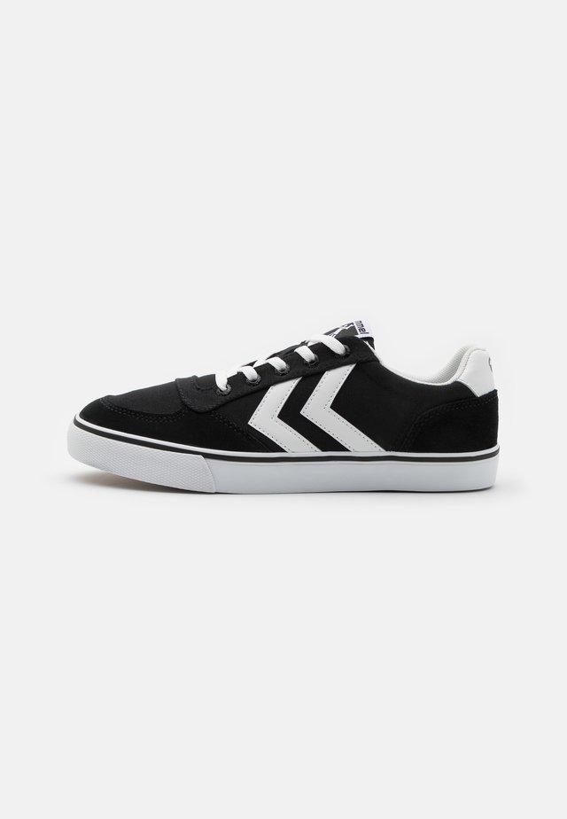STADIL OGC 3.0 UNISEX - Sneakersy niskie - black