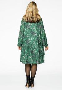 Yoek - Day dress - green - 2