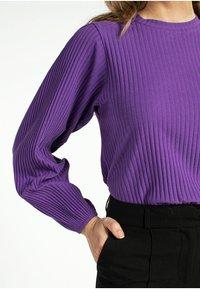 Aaiko - MALIKA - Sweatshirt - purple - 2