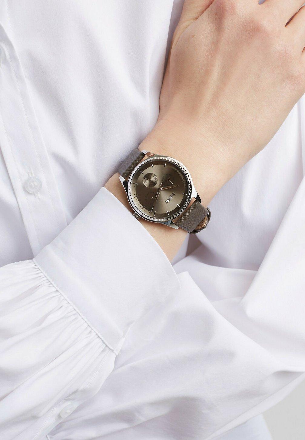 Damen MIT SAFFIANO - Uhr