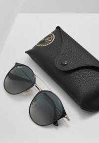 Ray-Ban - Solbriller - brown - 2