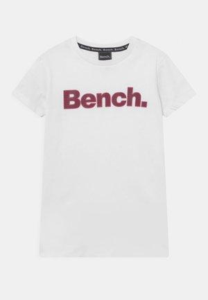 LEORA - Camiseta estampada - white