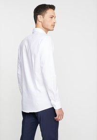 OLYMP - Formal shirt - weiss - 2