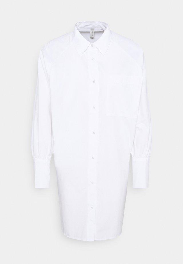 SC-NETTI 3 - Skjorta - white