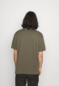 AllSaints - MUSICA CREW - Basic T-shirt - parlour green - 2