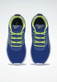 Reebok - REEBOK FLEXAGON ENERGY SHOES - Neutral running shoes - blue - 6