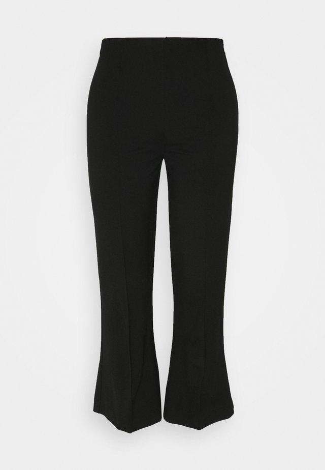 MALHIA CROPPED - Pantalon classique - black