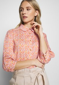 esmé studios - ZOEY BLOUSE - Button-down blouse - carnelian - 3