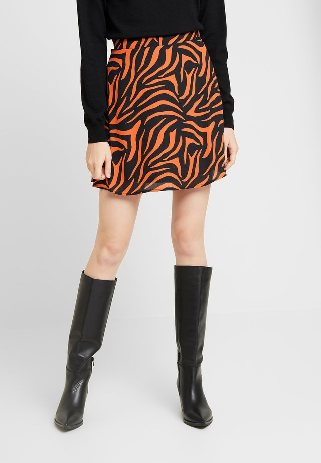 A LINE MINI SKIRT - A-linjainen hame - black/orange