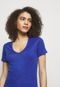 CLOSED - WOMENS DELETION LIST - Basic T-shirt - cobalt blue - 3