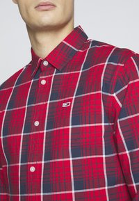 Tommy Jeans - Shirt - racing red/multi-coloured - 5