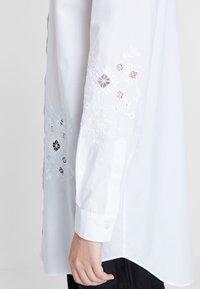 Desigual - CAM_GARONA - Shirt - white - 3