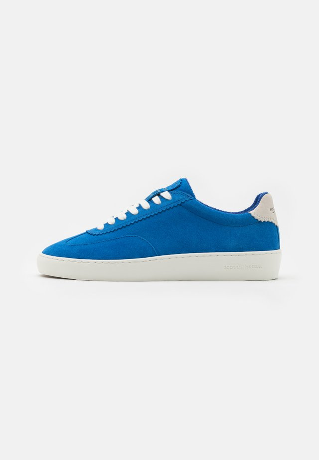PLAKKA  - Trainers - blue