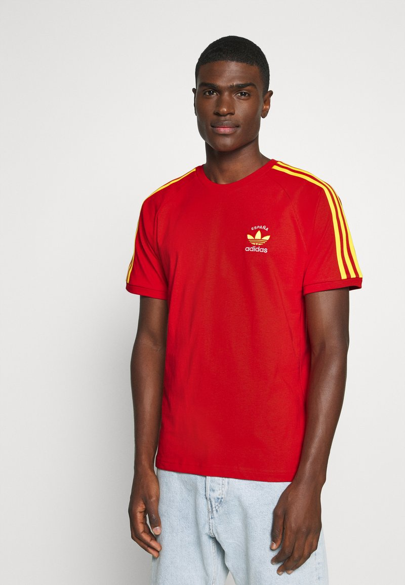 adidas Originals - STRIPES SPORTS INSPIRED SHORT SLEEVE TEE UNISEX - Camiseta estampada - red
